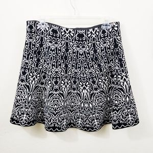 Target | Black and White Baroque Style Thick Skirt
